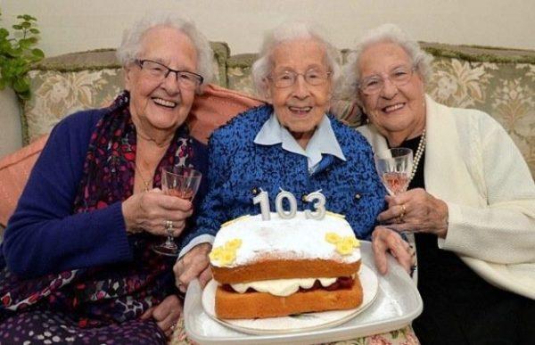 les-soeurs-les-plus-agees-au-monde-585252_w650